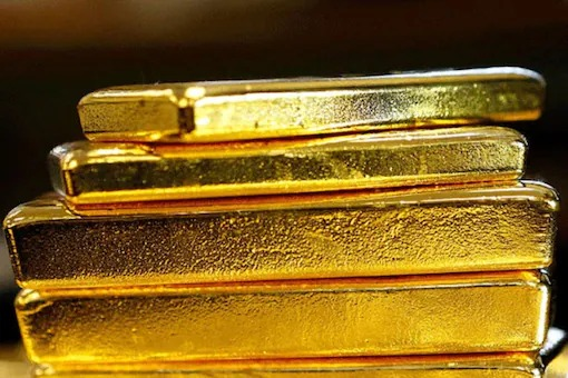 Gold Price Today Dips Marginally, Silver Drops by Rs 515. Know Latest Rates