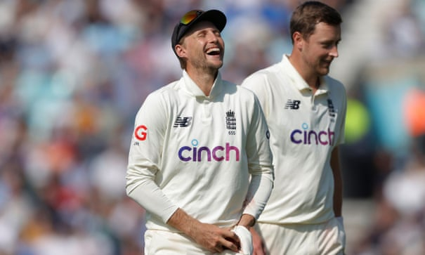 England rely on Joe Root and miracles after failure to grasp vital moments
